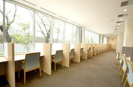 図書館自習スペース