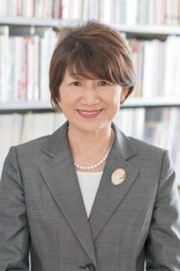 看護学研究科長 池田 かよ子