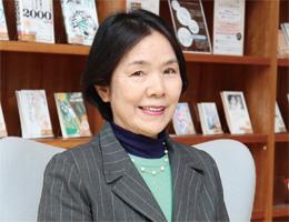 幼児教育学科 青野 光子教授